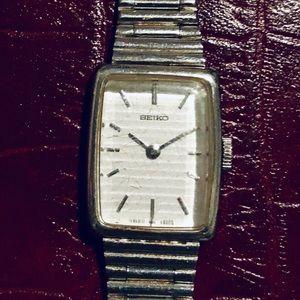 Accessories - 🕰 Vintage Seiko 1977 Hand Wind Wristwatch